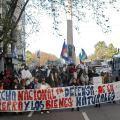 Miles de uruguayos marchan para exigir el cuidado de los recursos naturales | NTN24 | Puerto de aguas profundas: Referencias | Scoop.it