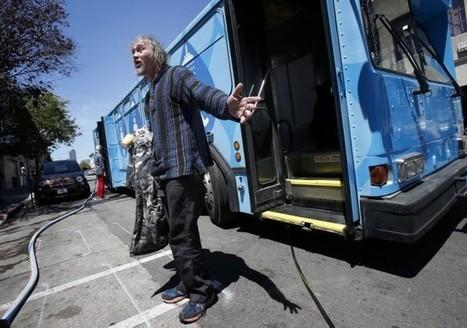 Ce bus sillonne les rues de San Francisco pour offrir des douches gratuites aux SDF | streetmarketing | Scoop.it