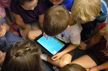 BYOD: A new world of opportunity - Darcy Moore - ABC Splash - http://splash.abc.net.au/newsandarticles/blog/-/b/1765347/byod-a-new-world-of-opportunity?null | parent guide to australian curriculum | Scoop.it
