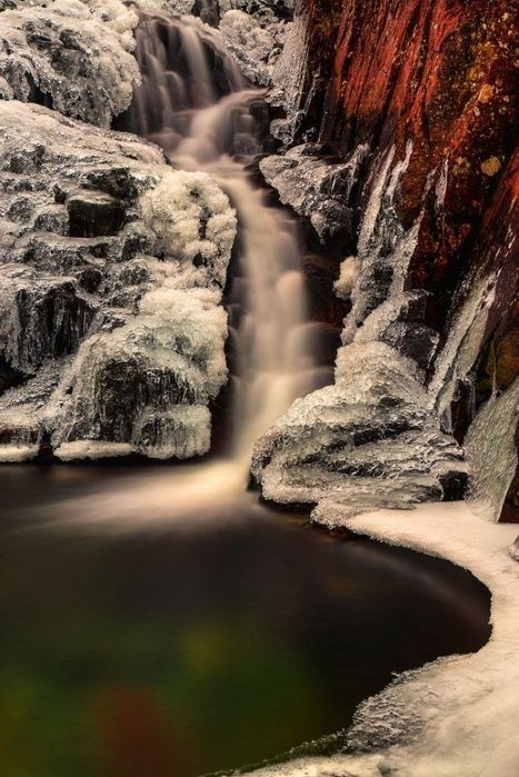 Stickle Ghyll – Frozen Fall, Lake District, England | Reflejos | Scoop.it