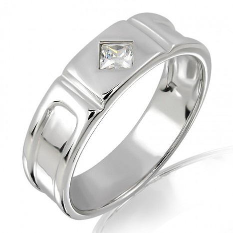 Shop 18k Gold and Diamond Ring / Matching Band Online from Myglitzjewels   myglitzjewels   Scoop.it