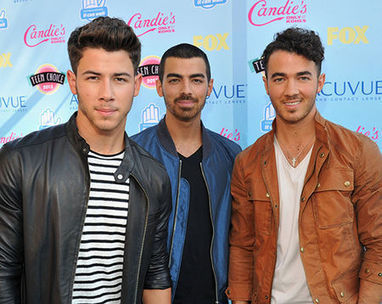 10 CURIOSIDADES DE LOS JONAS BROTHERS | ENTRETEINNET | Scoop.it