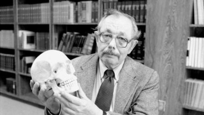Murió Clyde Snow, el antropólogo que permitió identificar los restos de desaparecidos | Clarin | Kiosque du monde : Amériques | Scoop.it