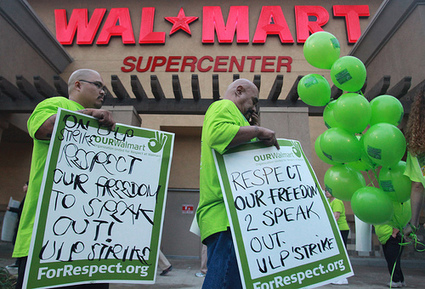 Labor Unions Show Solidarity With Walmart Workers | FDL News Desk | Labor and Employee Relations | Scoop.it