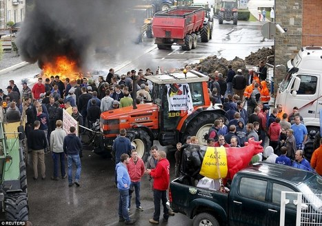 Farmers set fire to tyres in protests over food prices | Questions de développement ... | Scoop.it