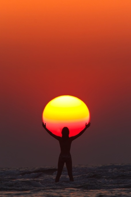 SURYA NAMASKAR  por Anton Jankovoy | No sabia que era imposible,,, y lo hice :-) | Scoop.it