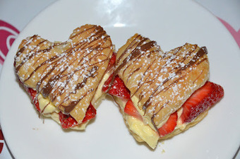 g*rated: French Napoleons for Valentine | Candy Buffet Weddings, Events, Food Station Buffets and Tea Parties | Scoop.it