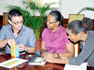30 deals in 30 days - Lead Stories - Jamaica Gleaner - Thursday | October 10, 2013 | Commodities, Resource and Freedom | Scoop.it