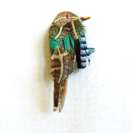 Vintage Real Natural Bird Feathers Scottish Bird Brooch or Pin   Favorite Vintage Jewelry   Scoop.it