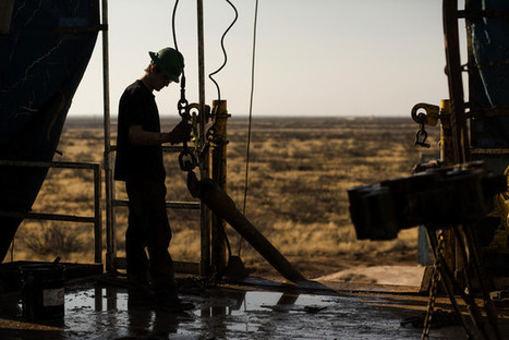 Oil Plunge Sparks Concern of Real Estate Slowdown in Hubs - Businessweek | Commercial Real Estate Investment | Scoop.it