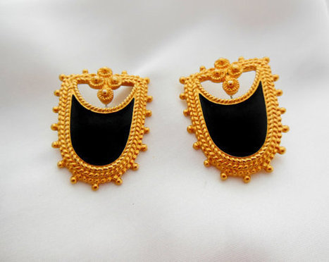 Avon Earrings Gold and Black Enamel Bold Shield   Vintage jewerly   Scoop.it