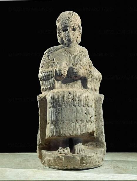 Représentations de femmes au Proche Orient - Les déesses | Découvertes archéologiques | Scoop.it