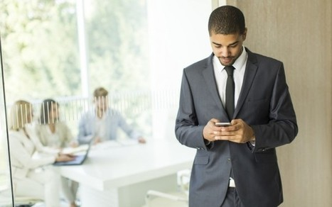 Votre CV en 2016 : ne laissez pas les autres le faire à votre place ! | CV et recrutement innovant... | Scoop.it