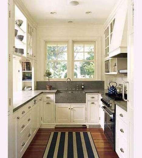 Striped Kitchen Rug For White Kitchen Design   Rhinway- home design   Scoop.it