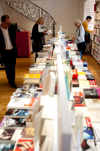 The French Still Flock to Bookstores | Paris Je T'aime | Scoop.it