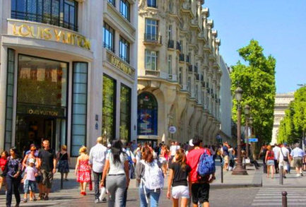 Ouverture du dimanche : la filière du luxe trouve un accord | LAB LUXURY and RETAIL : Marketing, Retail, Expérience Client, Luxe, Smart Store, Future of Retail, Commerce Connecté, Omnicanal, Communication, Influence, Réseaux Sociaux, Digital | Scoop.it