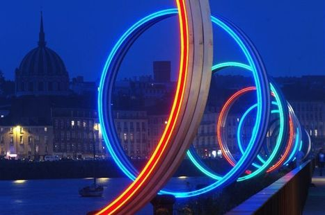 "Daniel Buren and Patrick Bouchain:""Rings"" 