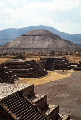 Who Built the Great City of Teotihuacan? -- National Geographic | Anthropology - Cultural, Forensic, and Linguistic | Scoop.it