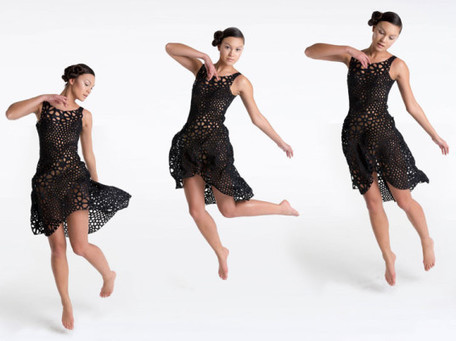 Finally, a 3D-Printed Dress That Drapes, Moves Like Actual Fabric | consum sostenible | Scoop.it