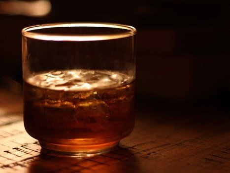 Why you should never use alcohol to help you fall asleep, according to science | DORMIR…le journal de l'insomnie | Scoop.it