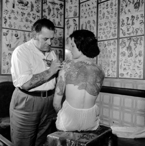 17 Kick-Ass Vintage Photos Of Women With Tattoos | Xposed | Scoop.it