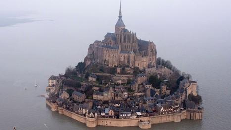 'Supertide' isolates Mont Saint-Michel in France - CNN.com | Voyages et Gastronomie depuis la Bretagne vers d'autres terroirs | Scoop.it