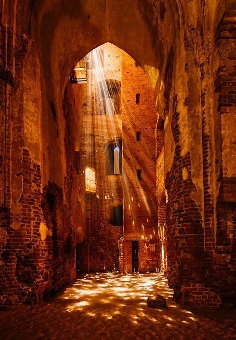 light installation in medieval cathedral ruins byjorma | Lets Be Social | Scoop.it