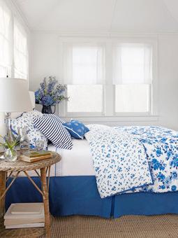 Trend Alert: Blue Botanicals | Blue and White Bedding | Scoop.it