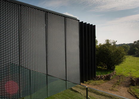 Grillagh Water House built from stacked shipping containers | architecture | Scoop.it
