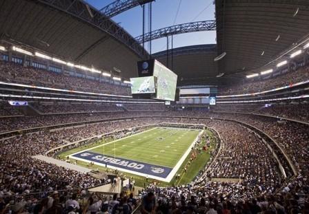 Insolite! 4 matchs NCAA en même temps dans le Cowboys Stadium | Basket ball , actualites et buzz avec Fasto sport | Scoop.it