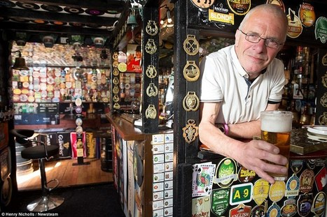 Father spends five years turning garden shed into pint-sized pub | Business Video Directory | Scoop.it