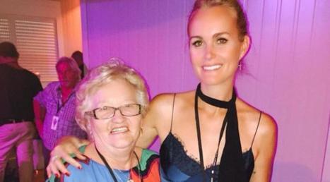 Photos : Laeticia Hallyday sexy pour l'anniversaire de sa grand-mère | Radio Planète-Eléa | Scoop.it