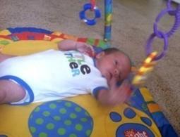 Tapis d'éveil et bébé de 1 mois – développement, étapes, jeux et conseils | Parce que chaque bébé est unique... | Scoop.it