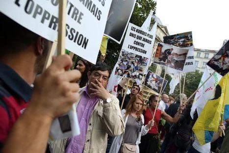 Manifestation à Paris contre une action militaire en Syrie - Libération | frenchrevolution | Scoop.it