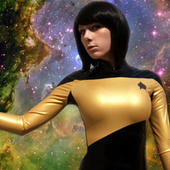 """Lady Data"" cosplay photos feature a gorgeous latex Star Fleet uniform 