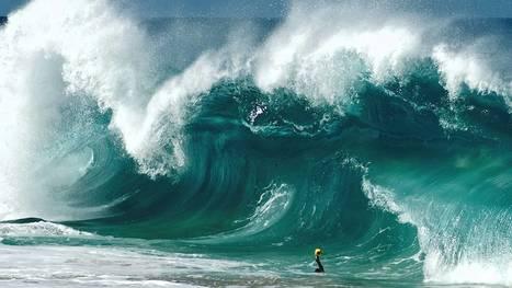 Surf Photographer Clark Little Takes Amazing Photos of Crashing Waves | Backlight Magazine. Photography and community. | Scoop.it