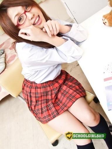 Sweet Asian Schoolgirl Rino Mizusawa Sucks Three Fucking Dicks. | schoolgirlshdblog | Scoop.it