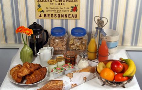 Maison Bellachonne | Chambres d' hotes | Bellac Central France | En suite Bedrooms | Family Run | France travel | Scoop.it