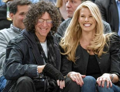 'THEY'RE COMMUNISTS': Howard Stern Vows To Stop Voting Democrat - Clash Daily | Howard Stern | Scoop.it