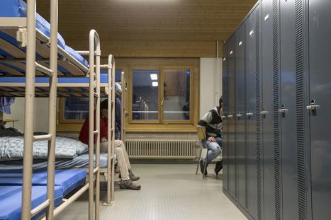 Les biens de valeur sont déjà confisqués aux réfugiés en Suisse | Sociétés & Environnements | Scoop.it