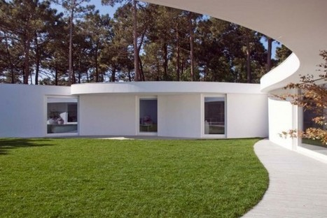 Hexagonal-Shaped Contemporary House in Portugal | Design | News, E-learning, Architecture of the future at news.arcilook.com | Architecture e-learning | Scoop.it