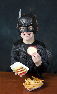 Study finds asking kids 'What would Batman eat?' improves their food choices | Geek Therapy | Scoop.it