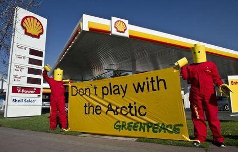 Greenpeace démonte Lego, «complice» de Shell en Arctique - Libération | smallispowerful | Scoop.it
