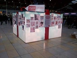 UK: Argos Brings Its Catalogue to Commuters at Paddington Station | Ooh-tv | QR Code Innovations | Scoop.it