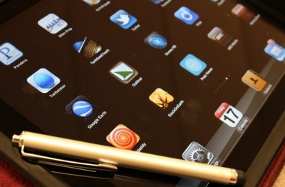 Why 1:1 Shouldn't Be Isolated To Just The Classroom - Edudemic | iPads in the classroom | Scoop.it