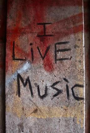 I live Music   DESARTSONNANTS - CRÉATION SONORE ET ENVIRONNEMENT - ENVIRONMENTAL SOUND ART - PAYSAGES ET ECOLOGIE SONORE   Scoop.it