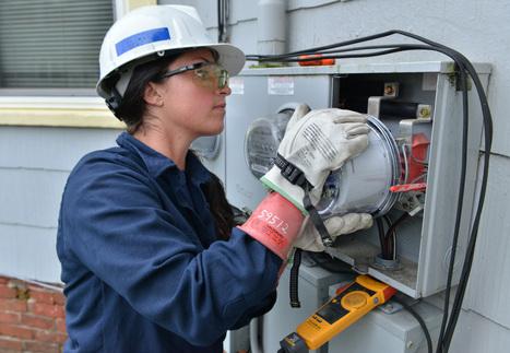 Utility smart meters raise health, privacy concerns - Boston Globe | smart meter | Scoop.it