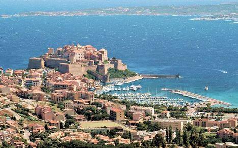 L'équipe de l'Hotel Calvi - Loisir & Voyage | Hôtel Corse Chez Charles | Scoop.it
