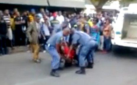 Judge questions how Macia was dragged behind police van | THE LAW & INJUSTICE - Mido Macia | Scoop.it