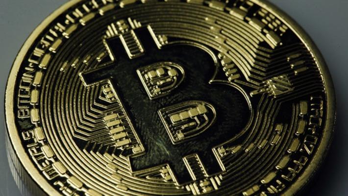 Is bitcoin a derivative? US regulator weighs oversight — RT USA   money money money   Scoop.it
